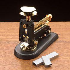 Desk Stapler: High quality desk stapler; executive desk stapler