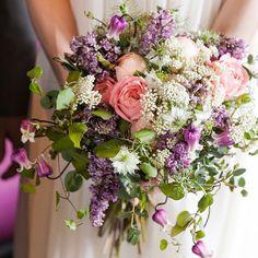 いいね!83件、コメント1件 ― FORTUNE GARDEN KYOTO WEDDINGさん(@fortunegardenkyoto_wedding)のInstagramアカウント: 「* Wedding Bouquet _ #fgkwedding #fortunegardenkyoto #フォーチュンガーデン #weddingbouquet #ウェディングブーケ…」