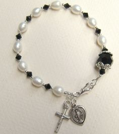 Catholic Rosary Bracelet - Freshwater Pearls - Black Swarovski Crystals - EANGTEAM - Louisiana. $25.00, via Etsy.