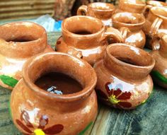I need some Mexican Mugs for my kitchen collection. They just make Coffee taste so much better. Mexican Candy Table, Mexican Wedding Favors, Mexican Weddings, Mexican Decorations, Mexican Birthday Parties, Candy Favors, Mexican Cooking, Coffee Tasting, Tamarindo