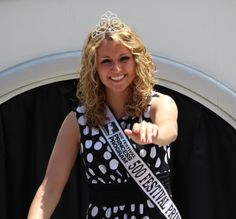 Girl from the 500 Festival Beauty Pageant