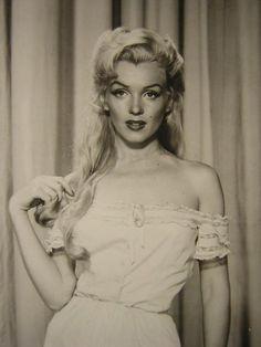 Marilyn Monroe :) beautiful hair