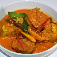 Ivory Kitchen is your One-Stop-Gourmet Party Solution with appealing party food items freshly made with intense cultural flavours. Party Food Items, Pork Curry, Ivory Kitchen, Healthy Meals, Healthy Recipes, Diabetic Friendly, Health And Wellbeing, Lemon Grass, Spices