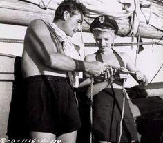 Errol Flynn & Rita Hayworth on Errol's yacht.