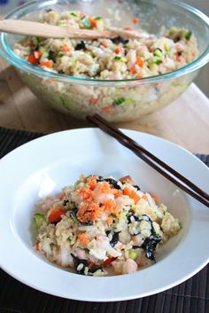 Sushi is one of my favorite things to eat and this quick and easy brown rice sushi salad is nothing but superb. A different take on sushi that still healthy and delicious. Sushi Recipes, Asian Recipes, Cooking Recipes, Healthy Recipes, Ethnic Recipes, Healthy Foods, Cooking Pasta, Cooking Oil, Yummy Recipes