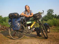The cycle touring life, a state of mind. Touring Bicycles, Touring Bike, Fisher, Cycling Girls, Women's Cycling, Cargo Bike, Bike Style, Mountain Biking, Vans