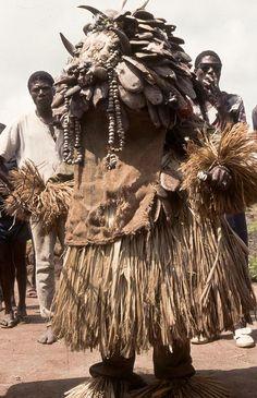 Africa |  Masque Mboli(Gouro).Village de Brodoufla. Cote d'Ivoire