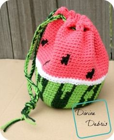 Wonderful Watermelon Drawstring Bag free crochet pattern by DivineDebris.com