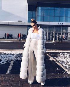 Fetish Fashion, Fur Fashion, Womens Fashion, Chinchilla, Chic Outfits, Fashion Outfits, Fur Clothing, Fabulous Furs, White Fur