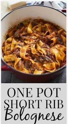 Amazing mains foodrink: One Pot Short Rib Bolognese Which Wedding Favour? The dress has been ordered Beef Bolognese Recipe, Homemade Bolognese Sauce, Slow Cooker Bolognese Sauce, Short Rib Stew, Braised Short Ribs, Beef Short Ribs, Rib Recipes, Pasta Recipes, Recipes Dinner