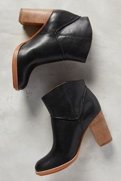 The perfect fall bootie. Aerin Rivette Boots Black #anthrofave