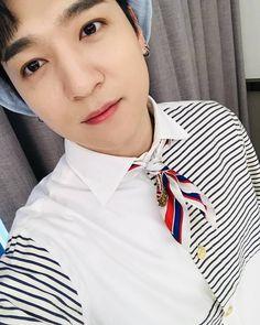 Jae Day6, Young K, Korean Artist, Perfect Man, Cool Bands, Photo Cards, Foto E Video, Actors & Actresses, Singer
