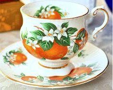 Elizabethan 'Florida Oranges' Footed Teacup and Saucer Fine Bone China England