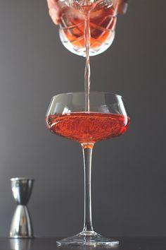 Boulevardier Cocktail // HonestlyYUM