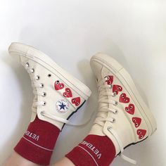 converse, shoes, and fashion image Dr Shoes, Hype Shoes, Sock Shoes, Me Too Shoes, Aesthetic Shoes, Red Aesthetic, Urban Aesthetic, Looks Style, My Style