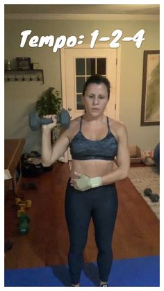 Tempo training: This is a great shoulder exercise Home Weight Workout, Abs Workout Video, Workout Routines, At Home Workouts, Body Fitness, Health Fitness, Overhead Press, Fun Challenges, Shoulder Workout