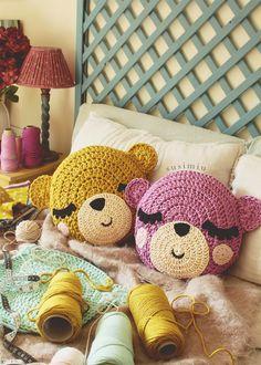 Wedding Ideas - All Ideas You Need Crochet Home, Love Crochet, Crochet For Kids, Crochet Dolls, Crochet Baby, Crochet Cushions, Crochet Pillow, Crochet Symbols, Crochet Patterns