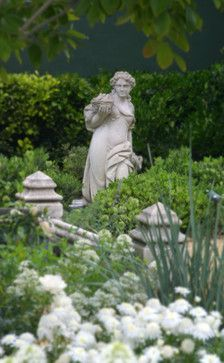 ~Grace Design Associates - traditional - landscape - santa barbara - Margie Grace - Grace Design Associates