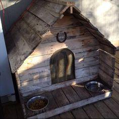 Attractive Pallet Dog House Plans | Pallets Furniture Designs