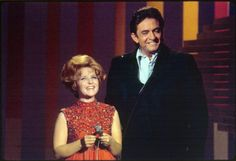 Brenda Lee performed on The Johnny Cash Show that was hosted by Johnny Carson. Johnny Cash Show, June Carter Cash, Brenda Lee, Johnny Carson, Lee Sung, Sound Of Music, Video Footage, Musicals, Singing