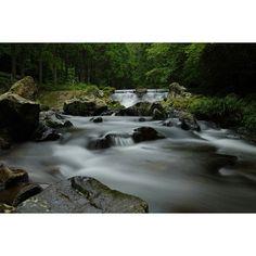 【amenoiro】さんのInstagramをピンしています。 《人工堰と渓流 #人工堰#渓流#川#流れ#水流#水辺#石#木々#森#自然#水#water#写真好きな人と繋がりたい#ファインダー越しの私の世界#一眼レフ#PENTAX#nature#光と影#光#影#色彩#堰#instagood#スローシャッター#長時間露光#風景写真#景色#river#マイナスイオン  人工堰も撮ってみれば意外とありかも》
