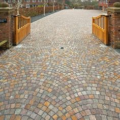Driveway Design, Home Projects, Sidewalk, House Design, Home Decor, Gardens, City, Carriage House, Ivory