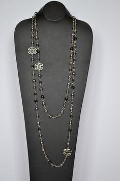 1stdibs | Chanel necklace Sautoir Pearls