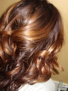 Best alternative hair care article with recipes for shampoo, conditioner and detangler.