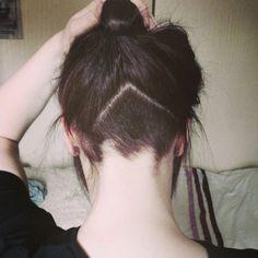 Cute triangle undercut at nape.