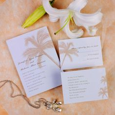 Planning a tropical destination wedding? Here are some pretty, tropical invitations that match perfectly!