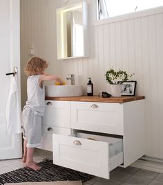 Svedbergs stil (Sink deep) - Lilly is Love Kitchen Cabinets In Bathroom, Laundry In Bathroom, Bathroom Inspo, Bathroom Layout, Bathroom Storage, Bathroom Inspiration, New Kitchen, Bathroom Ideas, Closet Organization