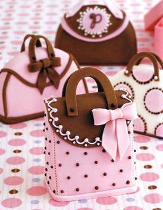 Handbag cakes. Very beautiful.