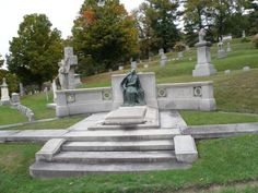 """Black Agnes"" - according to legend, if you sit in his lap, you'll die.    Green Mount Cemetery  Montpelier, Vermont"