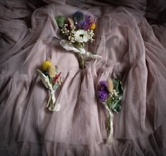 Our dry bridal florals can be posted worldwide. Hand made in your colour palette in Scotland. Get in touch for info on our elopement packages. Scottish Flowers, Button Holes Wedding, Second Weddings, Flower Farm, Buttonholes, Florals, Scotland, Daisy, Palette