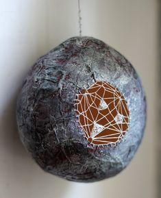 Patricia Chemin - sculptures en papier de soie Portfolio : Cocons