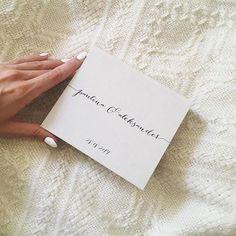 What do You think about this wedding rings box? #craftmanship #handmade #instawedding #wedding #instadaily #instaday #instagood #instadaily #weddingday #weddingphoto #weddingplanning #weddingplanner #rings #box