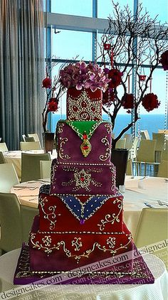 Indian style wedding cake by Design Cakes Indian Cake, Indian Wedding Cakes, Beautiful Wedding Cakes, Gorgeous Cakes, Pretty Cakes, Amazing Cakes, Cake Wedding, Indian Weddings, Indian Bridal
