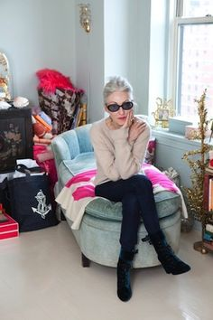 """Linda Rodin @ 63 """"I haven't worn makeup since I turned 30, except for lipstick which I never leave the house without."""""""
