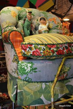love, love the mix of fabrics. From Hunt & Gather at the Junk Bonanza show.