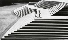 Paralelas e Diagonais (1950), de José Yalenti. Veja mais em http://www.jornaldafotografia.com.br/noticias/exposicao-em-linha-reta/