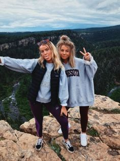 Photography Ideas For Friends Summer Bff 70 Ideas Foto Best Friend, Best Friend Fotos, Bff Pics, Cute Photos, Cute Pictures, Shooting Photo Amis, Looks Teen, Best Friend Pictures, Cute Friend Photos