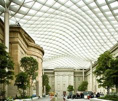 Norman Foster - Smithsonian American Art Museum renovation, Washington, DC. Glass canopy roof.