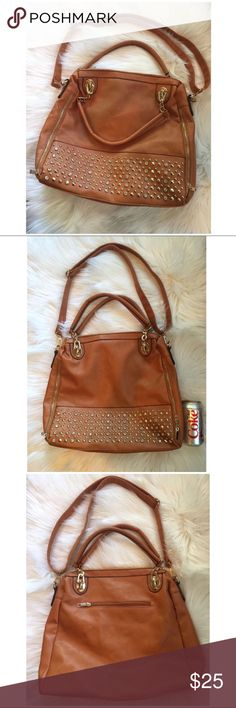 Francesca's Tan Rhinestone Stud Purse Handbag Francesca's Tan Rhinestone/Stud Purse. My daughter only used it once! Can be worn as shoulder bag, handbag or Crossbody when strap is lengthened. Francesca's Collections Bags Shoulder Bags