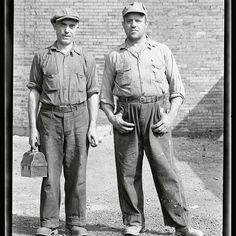 #VintageWorkShirt#ChinStrap#Vintage#NewsboyCap#VintageWorkwear#Cap#Denim#WorkBoots#Belt#Worker#VintageClothing#WorkShirt#MensWear#Boots#MensStyle#VintageStyle
