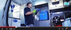 Allestimento laboratorio mobile per analisi materiali costruzione strade. Ecco un esempio della versatilità dell'allestimento per furgoni Syncro System: un furgone officina dotato di tutto il necessario, indipendente dal punto di vista energetico e sicuro per gli operatori che ci lavorano.