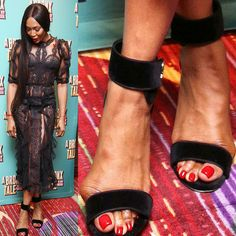 With celebrity fans and podiatrists alike, our Sole Bliss shoes use our patent-pending 'Juanet' technology to cushion and conceal your bunions and wide feet! See what other celebs have bunions too. Naomi Campbell Feet, Chrissy Teigen Model, Bunion Exercises, Iman Model, Bunion Surgery, Knee Surgery, Bunion Shoes, Michelle Yeoh, Dame Helen
