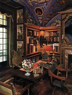 Victorian Gothic interior style: Victorian and Gothic interior ...