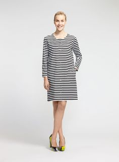 Flippi-mekko (valkoinen, musta)  Vaatteet, Naiset, Mekot ja hameet   Marimekko