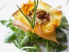 Croustillants au crottin de Chavignol 2 International Recipes, Cantaloupe, Entrees, Tacos, Healthy Eating, Favorite Recipes, Lunch, Fruit, Ethnic Recipes