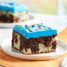 This recipe would be fantastic for any special occasion! Make the Mix It Up Funfetti® Brownie Sheet Cake from Pillsbury™ Baking.